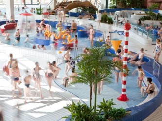 L 39 o obernai 67 alsace des petits for Restaurant piscine obernai